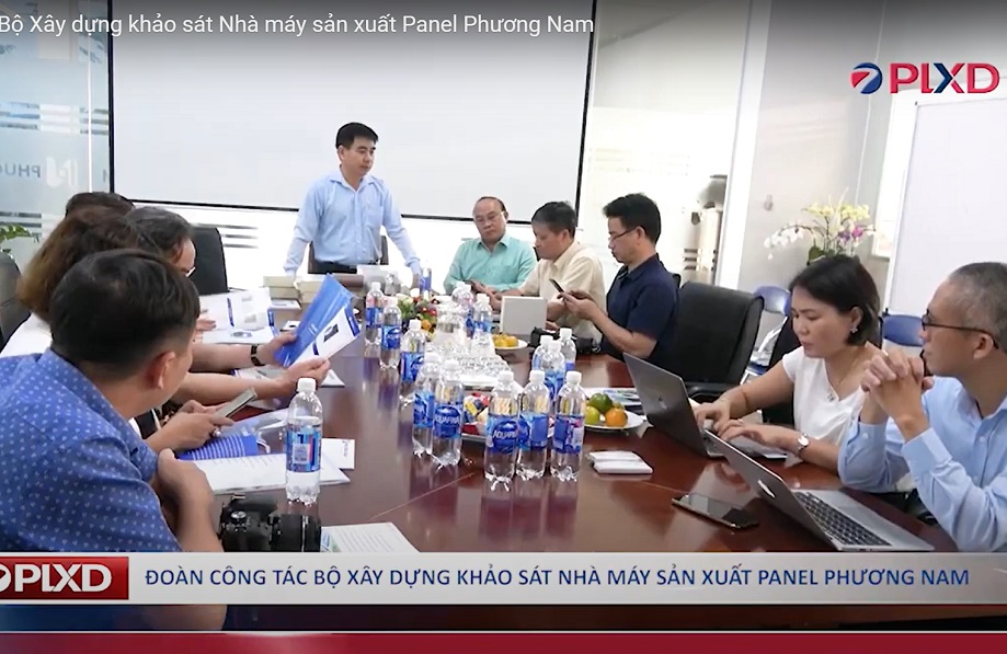 The Delegation of the Ministry of Construction surveyed the Phuong Nam Sandwich Panel Factory